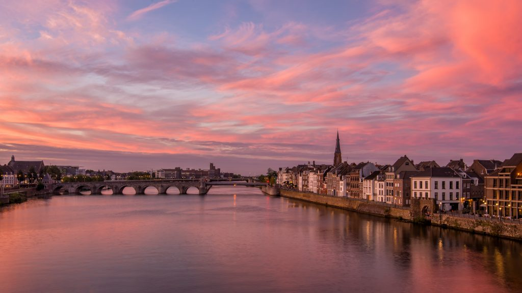 Zonsondergang Maastricht